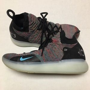 Nike Zoom KD 11 > Size 9.5